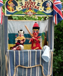 The Punch & Judy show of Chris Gasper from Essex